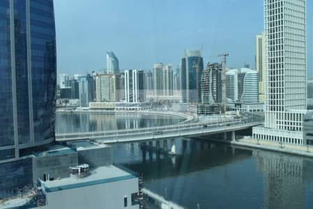 1 Bedroom Apartment for Sale in Business Bay, Dubai - Corner 1BR with Big Balcony | Canal-Al Khail Views