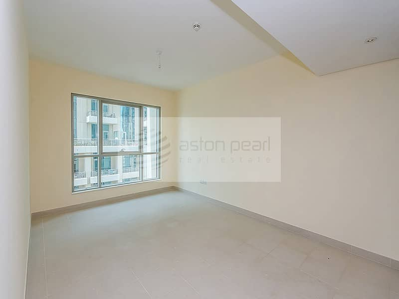 10 Beautiful 1BR in Boulevard Central Tower