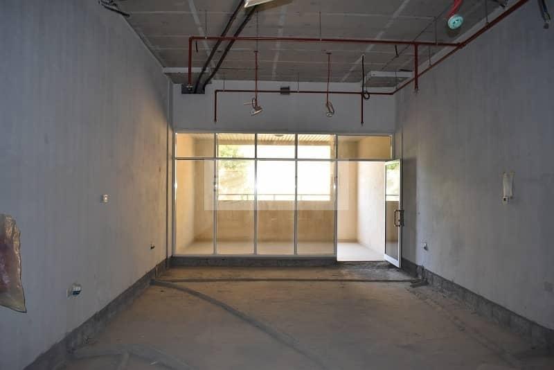 Multiple Shops | Jumeirah Road | Close to beach