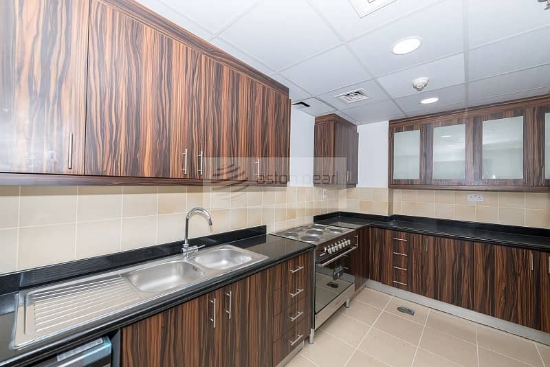 10 Upgraded 3BR