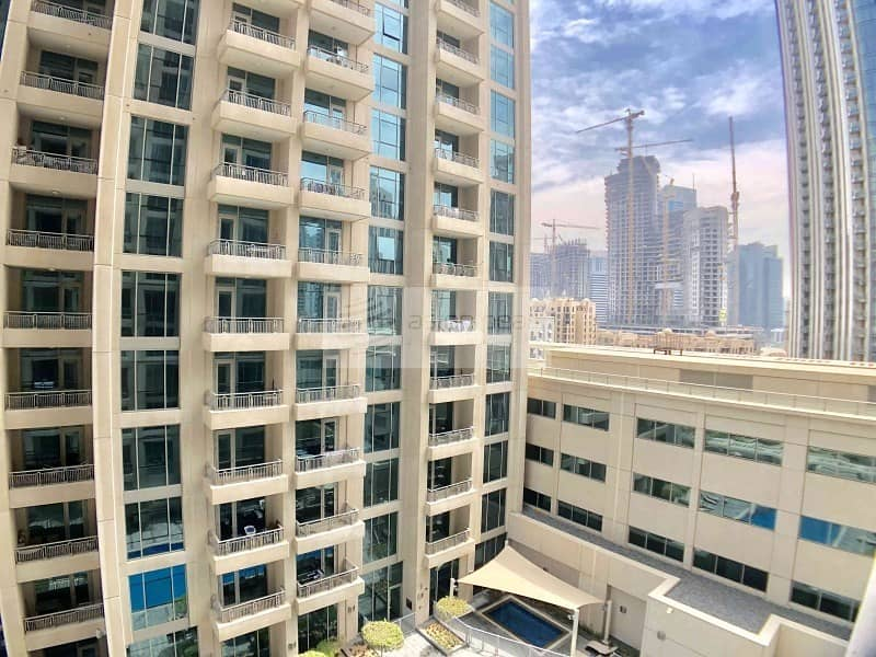 10 1BR | Stunning Lake and Address View | Vacant Unit