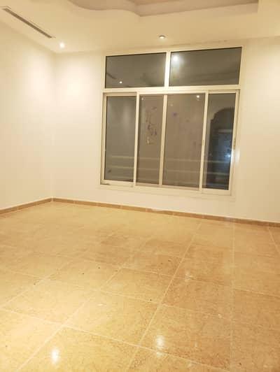 Studio for Rent in Between Two Bridges (Bain Al Jessrain), Abu Dhabi - Big window's