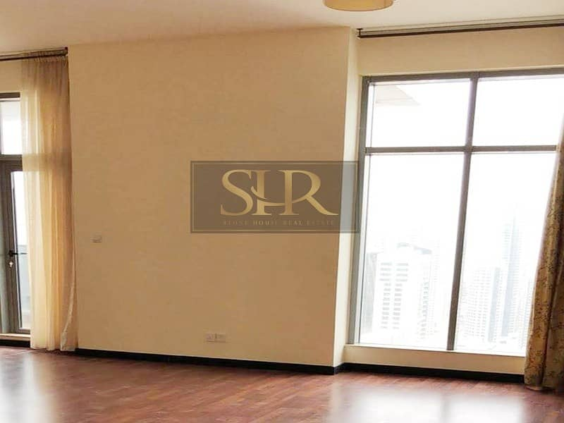 2 Breath-taking 3 Bed Apt in Magnificent Condition in Green Lake Tower JLT
