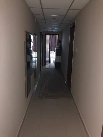3غرفه وصاله وغرفةخدامه  للبيع  بابرج الخور بعجمان