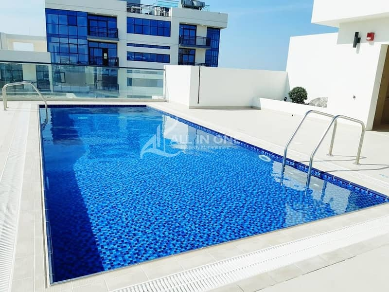 2 Brand New 1BR with Balcony+Pool+Gym/Canal View