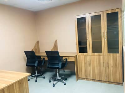 مکتب  للايجار في بر دبي، دبي - مکتب في برج المصلى الحمریة بر دبي 35000 درهم - 4510669