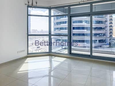 2 Bedroom Apartment for Rent in Dubai Marina, Dubai - Unfurnished | Low Floor | Sheikh Zayed Road View