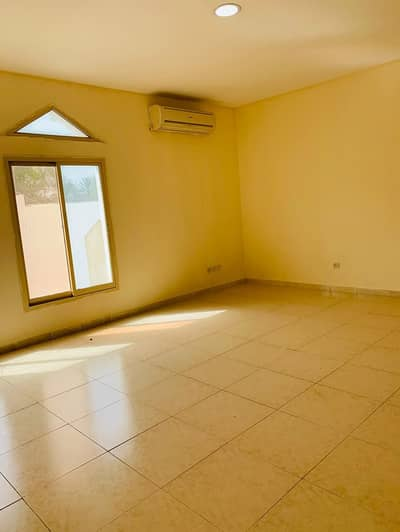 1 Bedroom Apartment for Rent in Al Mushrif, Abu Dhabi - specious 1 bhk apartment,very nice high finishing available in villa for rent At Al-Mushrif City