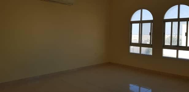 فیلا في مدينة شخبوط (مدينة خليفة ب) 5 غرف 105000 درهم - 4510897