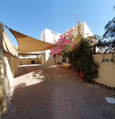 4 Bedroom Villa Compound for Rent in Mirdif, Dubai - away from the flights! Private Entrance Corner villa in compound