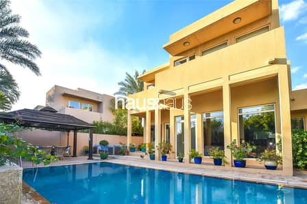 3 Bedroom Villa for Rent in Arabian Ranches, Dubai - | Immaculate | Private pool | Park backing
