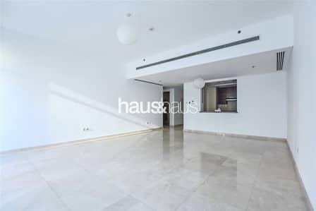 شقة 1 غرفة نوم للايجار في الخليج التجاري، دبي - Exclusive | Large Layout | Great Price | Must See