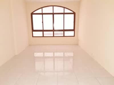 2 Bedroom Apartment for Rent in Al Majaz, Sharjah - 2bhk spacious flat no deposit 20 days free jamal abdul nasir street