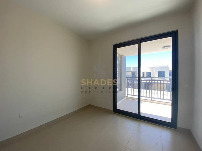 2 Brand new | Corner villa | Single row | 4BR with maid