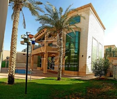 فیلا 6 غرف نوم للايجار في مدينة خليفة أ، أبوظبي - فیلا في مدينة خليفة أ 6 غرف 260000 درهم - 4511262