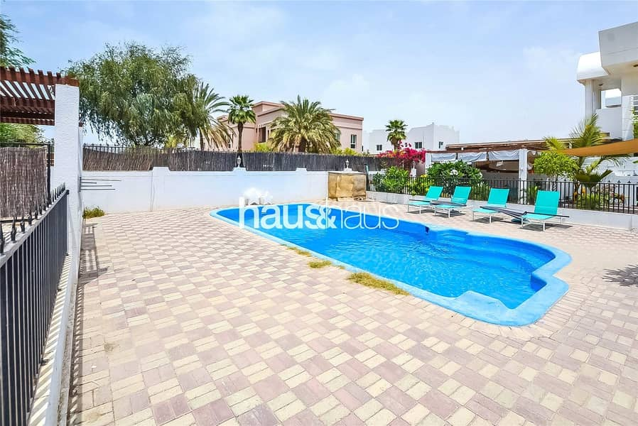 Bungalow   Shared pool with only one other villa  