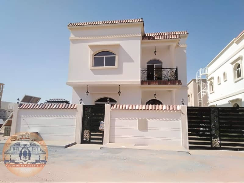 Villa for sale modern design finishing super deluxe at the lowest prices