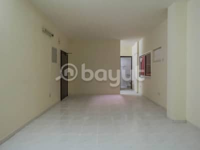 1 Bedroom Flat for Rent in Bur Dubai, Dubai - WELL MAINTAINED BLDG -* 1BR--- MEENA BAZAAR-BUR DUBAI-NO COMMISSION* -NEAR AL FAHID METRO STN-