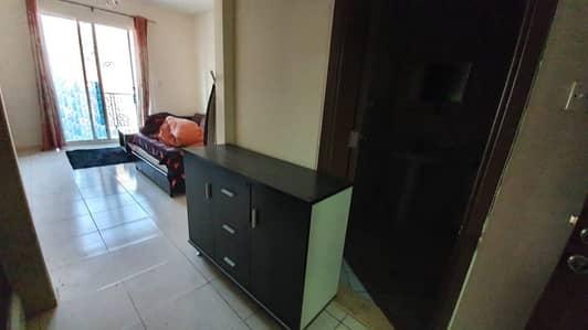 شقة في الحي الإماراتي المدينة العالمية 22000 درهم - 4511562
