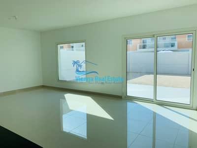 2 Bedroom Villa for Rent in Al Samha, Abu Dhabi - RENT 2BR Villa + Maidroom In Al Reef 2 70k