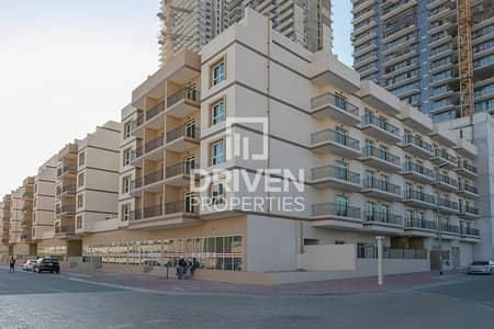 مجمع سكني  للايجار في قرية جميرا الدائرية، دبي - Multiple Units Available | Prime Location