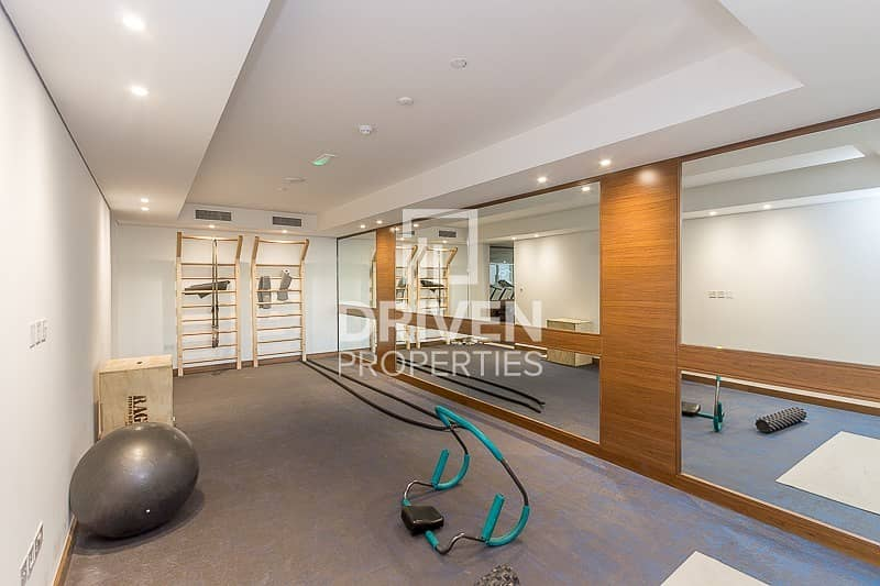 20 Brand New and Spacious 2 Bedroom Apartment
