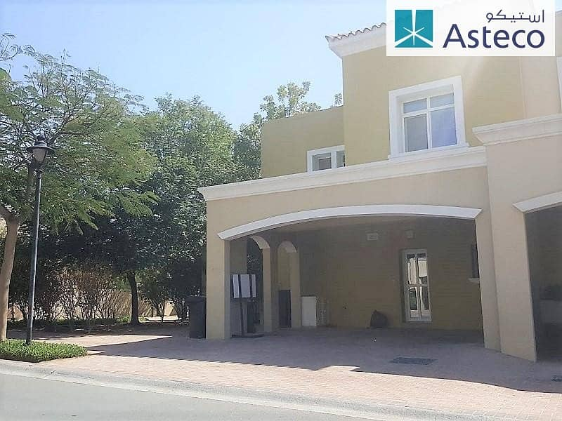 2 Corner Villa Close to Pool and Park with Garden