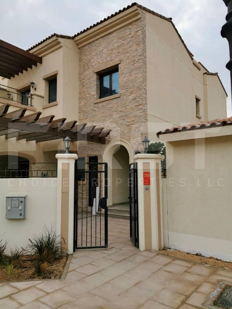 10 Rent Now!! Spacious Villa in Salam Street!