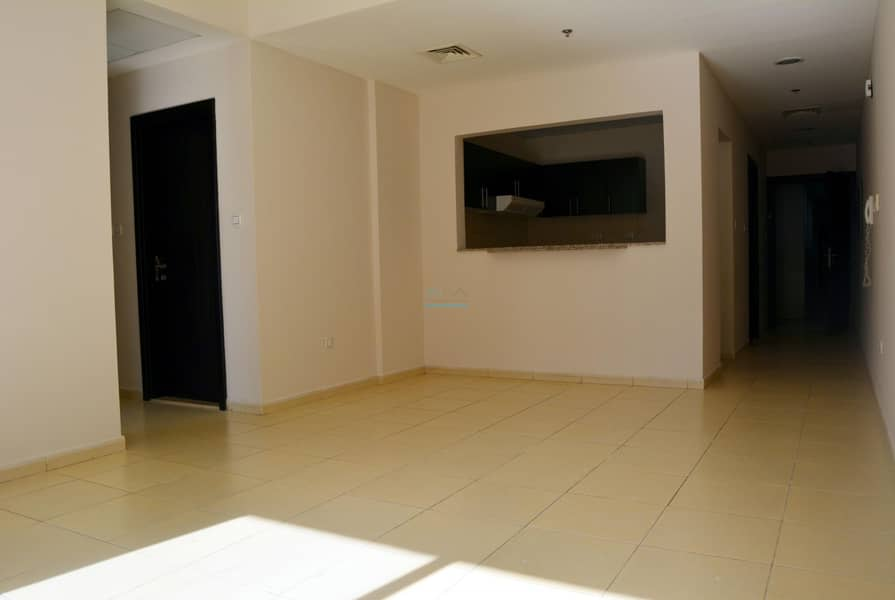 Call Now & Get upto 3% Discount - 2 Bed Room Vacant - Airy Layout Big Unit