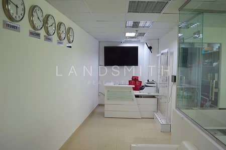 Office for Rent in Business Bay, Dubai - Vacant Fully Furnished Fitted Office in Clover Bay