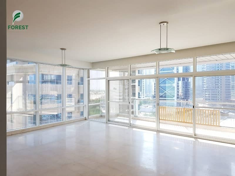 Spacious 2 BHK Apartment Vacant Unfurnished
