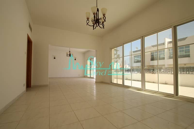 2 Very spacious 4 bed with garden and shared pool Jumeirah 3