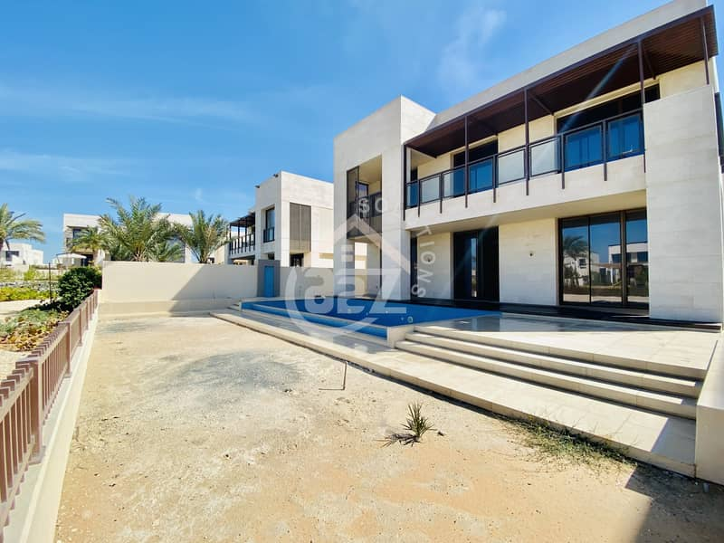 Vacant exquisite 7+1BHK villa with private pool