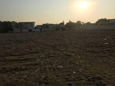 ارض سكنية  للبيع في القوز الشارقة، الشارقة - أرض مساحة كبيرة علي زاوية في القوز