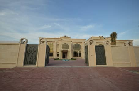 6 Bedroom Villa for Rent in Shakhbout City (Khalifa City B), Abu Dhabi - Brand New Modern & Spacious Villa, Deluxe Finishing! With Driver's Room