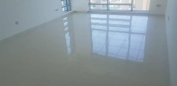 فلیٹ 2 غرفة نوم للايجار في شارع النجدة، أبوظبي - شقة في شارع النجدة 2 غرف 45000 درهم - 4512443