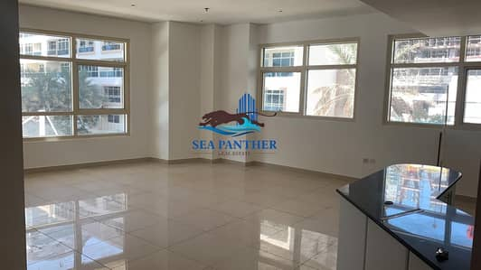 2 Bedroom Apartment for Rent in Dubai Marina, Dubai -  Unfurnished 2 BR
