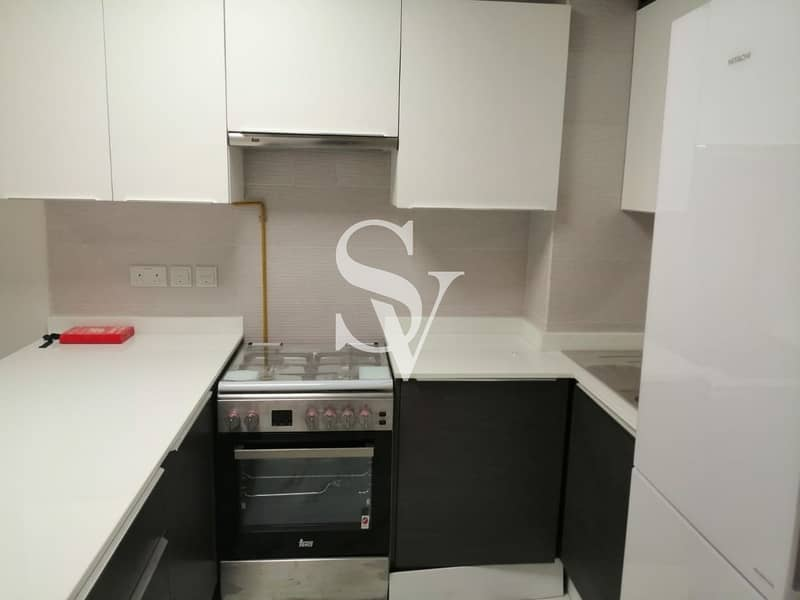 2 Brand new ready to move in | white goods
