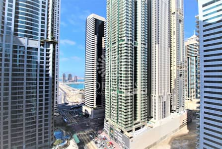 1 Bedroom Apartment for Sale in Dubai Marina, Dubai - Partial Sea View | 1BR high floor | Vacant