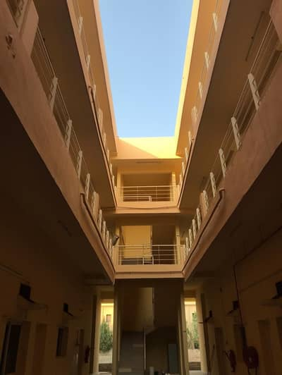 100 Rooms - 6 People Capacity - 2300 AED