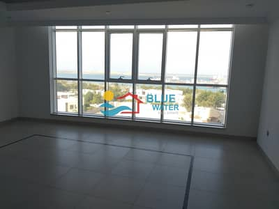 2 Bedroom Apartment for Rent in Al Mina, Abu Dhabi - No Commission ! Sea View huge 2 BHK with maids room and all facilities
