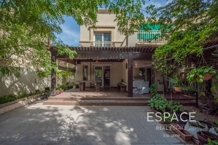 13 Immaculate Condition | Great Location | A Must See