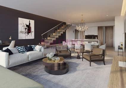 4 Bedroom Villa for Sale in Dubai Marina, Dubai - Serviced 4BR Villa with Amazing Marina View