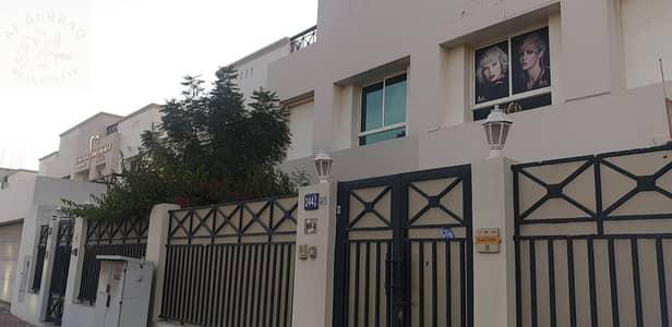 فيلا تجارية 4 غرف نوم للايجار في الوصل، دبي - commercial villa for rent in jumeira and  AL WASL  main road