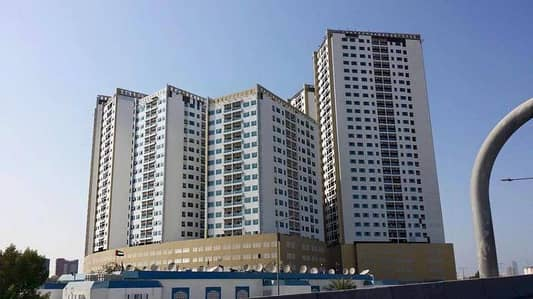1 Bedroom Flat for Sale in Ajman Downtown, Ajman - For sale 1 BHK with parking in Ajman pearl tower in full open view on sea
