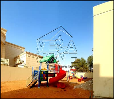 4 Bedroom Villa for Rent in Khalifa City A, Abu Dhabi - FABULOUS 4-MASTER BEDROOM W/BBQ AREA IN COMPOUND