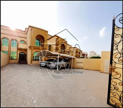 6 Bedroom Villa for Rent in Khalifa City A, Abu Dhabi - PRIVATE ENTRANCE 6 MASTER BEDROOM DRIVER ROOM OUTSIDE KITCHEN