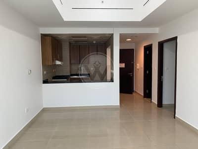 فلیٹ 2 غرفة نوم للايجار في شارع إلكترا، أبوظبي - Spacious home in heart of the city at great price