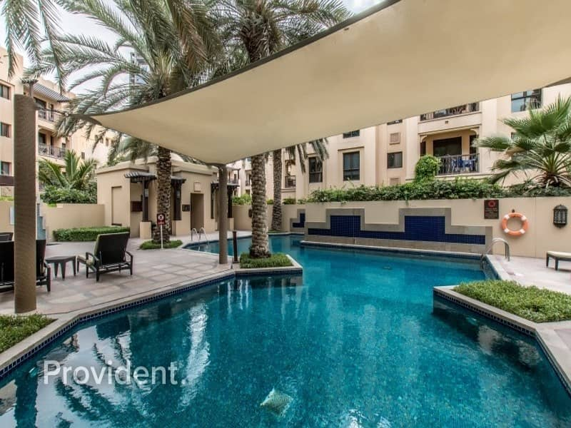 18 Large and Spacious 1BR with Burj Khalifa View