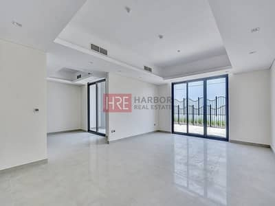 4 Bedroom Villa for Sale in Motor City, Dubai - No Banks Up To 20 Years In-house Payment Plan
